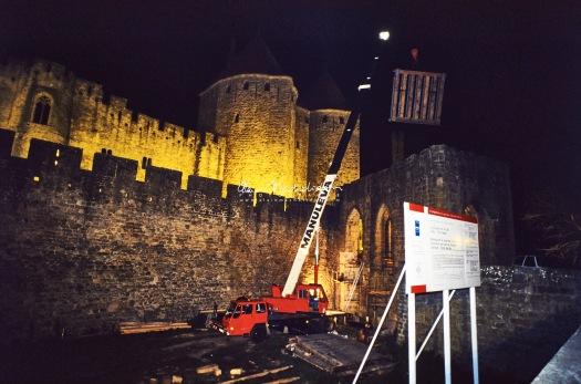 Fevrier 1992 - ENLEVEMENT ET ECHANGE DU PONT LEVIS DE LA CITE DE CARCASSONNE